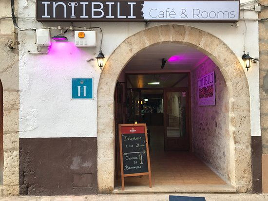 Intibili Cafe & Rooms