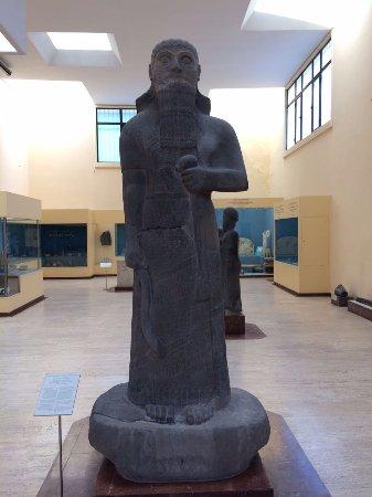 asur kralı salmanassar ile ilgili görsel sonucu