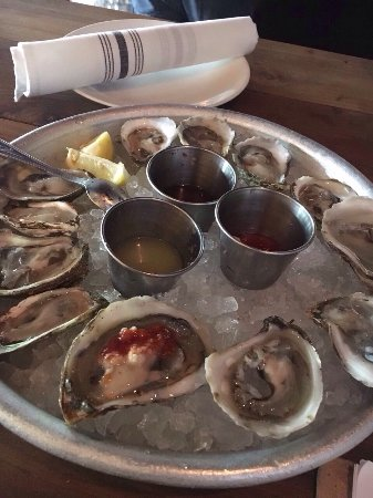 River Oyster Bar: photo0.jpg