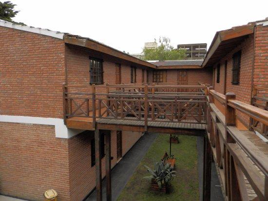 Hotel Jaguel Del Medio: Patio interior