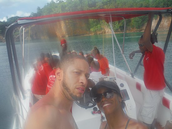 Son of Man Sea Tours: speedboat needing more suntan lotion !