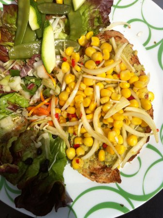 Wageningen, Belanda: My corn and bean open-faced sandwich, delightfully flavoured with herbs, a salad on the side
