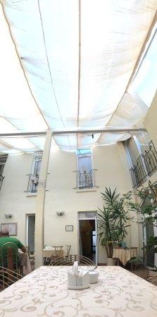 Irena Hotel : photo0.jpg