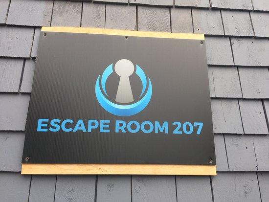 Topsham, เมน: Escape Room 207