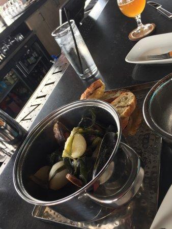 Lenexa, KS: Mussels to die for