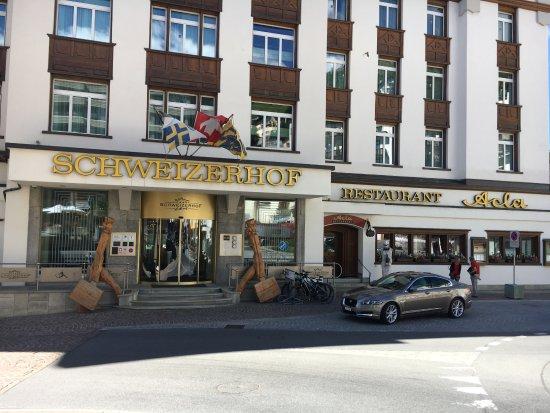 Hotel Schweizerhof: Ankommen und aussteigen! Der Rest wird erledigt.