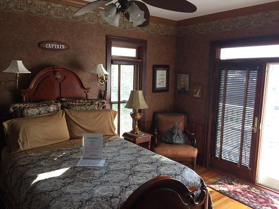 Port City Victorian Inn, Bed and Breakfast, LLC: photo2.jpg