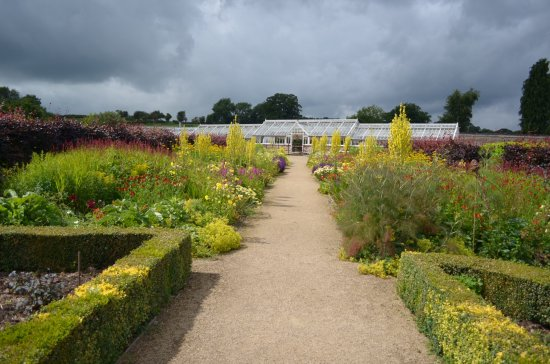 Helmsley, UK: View of Greenhouse