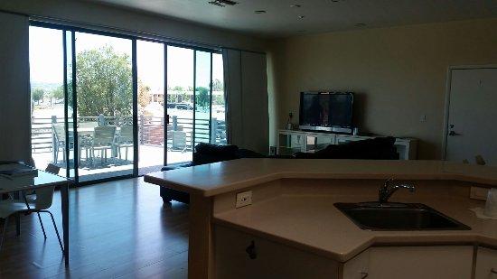 Heat Hotel: IMG-20170712-WA0008_large.jpg