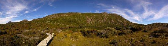 Tasmania, Australia: route to te lake