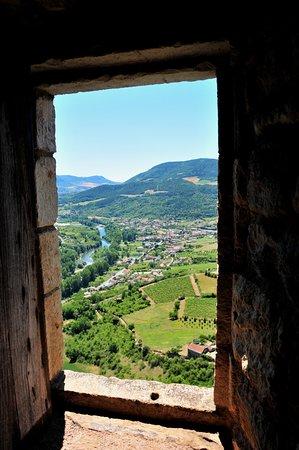 Riviere-sur-Tarn, Frankrike: Par la fenêtre du château...