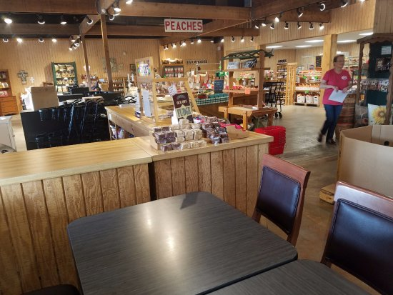 The Peach Barn Remodeled Nice Atmosphere And The Air Conditioning