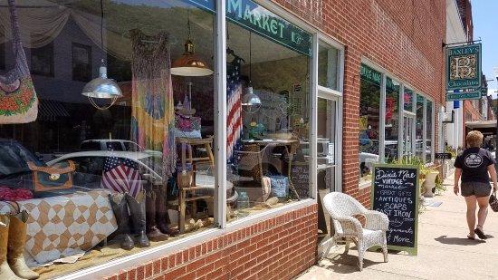 Dixie Mae - A Vintage Market