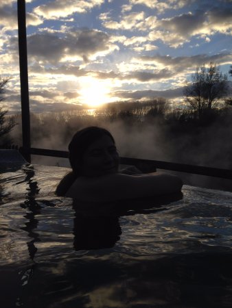 Waikite Valley Thermal Pools: Great way to watch the Sun go down!