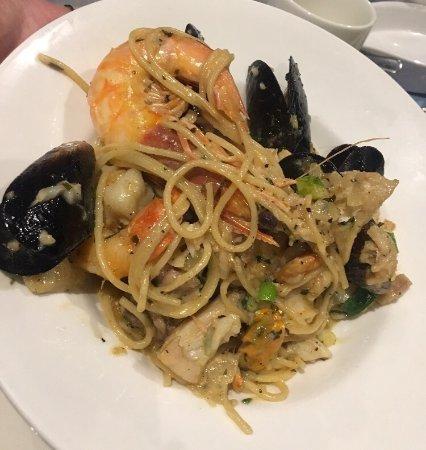 Lorne Pier Seafood Restaurant: photo2.jpg