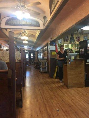 Benson, MN: Old railroad car diner