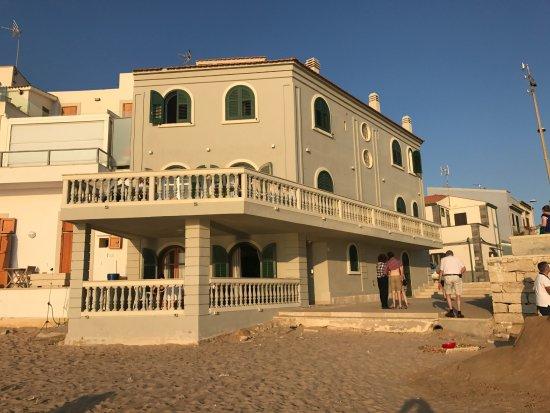 Punta Secca, Italy: la casa vista dalla spiaggia