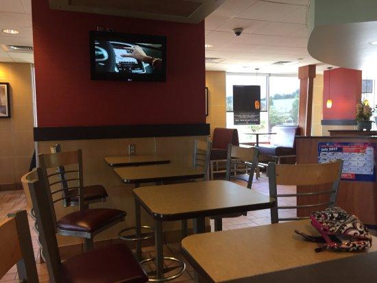 Brighton, MI: McDonald's