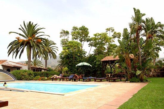 Finca El Picacho cottages Tenerife : la piscina apprezzata dai ragazzi utilissima dopo le escursioni
