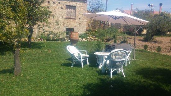 Pirgos Psilonerou, Grecia: Garden Rooms
