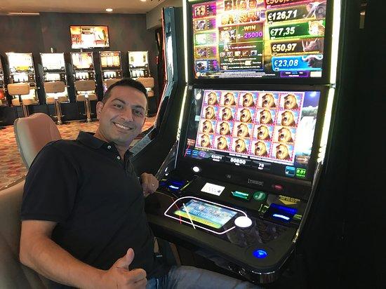 Foto INTERNATIONAL Hotel Casino & Tower Suites
