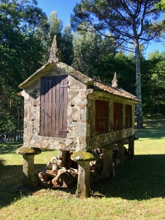 Raxo, Spania: An hórreo (old granary) on the property