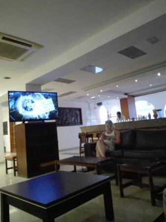 Africa Hotel: IMG_20170715_201109_large.jpg