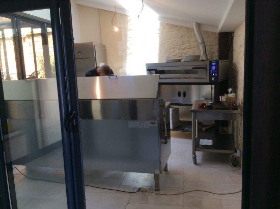 """Gisors, Francja: Le """"coin""""pizza a emportés"""