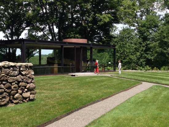 The Philip Johnson Glass House S Seen From Front As