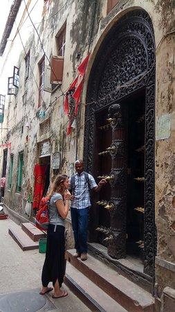 Zanzibar Freelance Tour Guide Stone Town Zanzibar doors. & Stone Town Zanzibar doors. - Picture of Zanzibar Freelance Tour ...