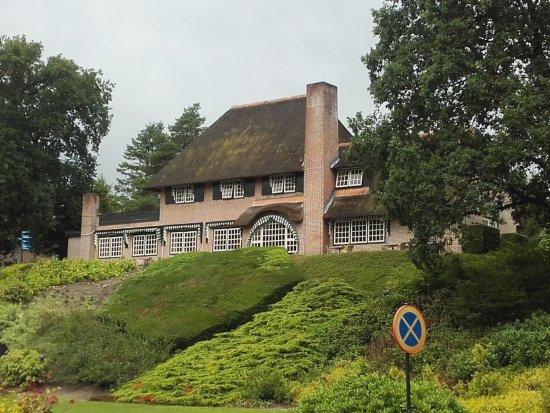 Beekbergen, The Netherlands: in dit gebouw is het restaurant gevestigd