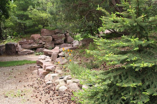 Brookings, Dakota del Sur: Path through McCrory Gardens