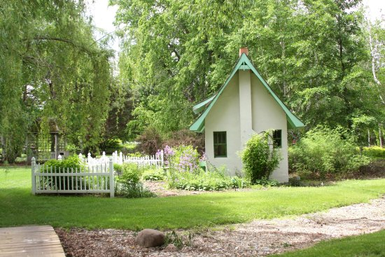 Brookings, Dakota del Sur: Decorative cottage in McCrory Gardens