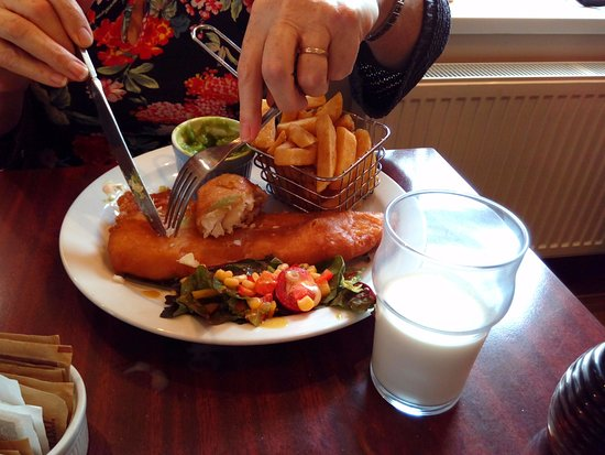 Belleek, UK: Amazing Cod in batter, with chips and mushy peas.