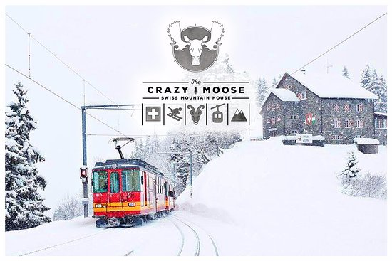 Crazy Moose: Le restaurant Crazy.Moose, facilement accessible par le train Villars-Bretaye, arrêt Bouquetins