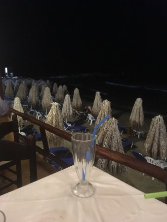 Kalamaki Restaurant Beach Bar Photo