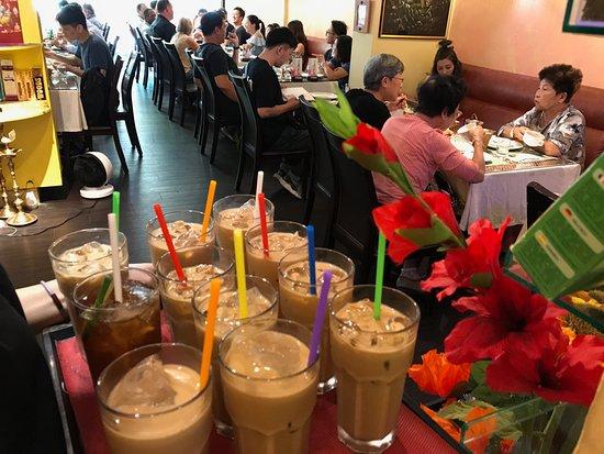 Chilliesine Indian Restaurant - CunZhong Store: Iced Milk tea @ 淇里思印度美食餐廳 Chillies Indian Restaurant Taichung 0423770007 , 0422517111
