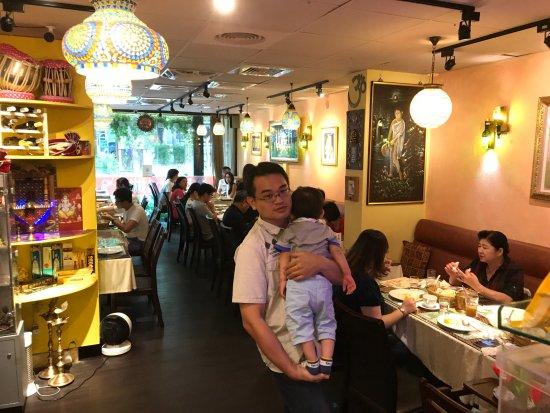 Chilliesine Indian Restaurant - CunZhong Store: @ 淇里思印度美食餐廳 Chillies Indian Restaurant Taichung 0423770007 , 0422517111