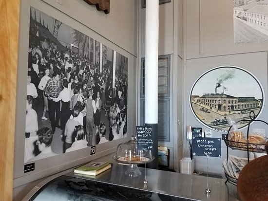 Iron Bay Restaurant & Drinkery: historic pictures hanging in main room