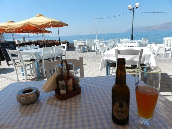 Pixida Restaurant: Local beer with a view