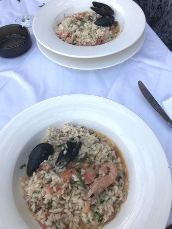 Konoba BAKO: Helt fantastisk risotto! Underbar miljö och ett husets vita vin som var utsökt! Trevligt bemötan