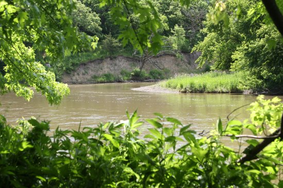 Brandon, SD: Big Sioux River from Trail of the Giants