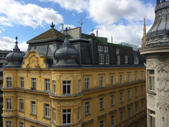 Mercure Wien Zentrum: View from room on 8th floor