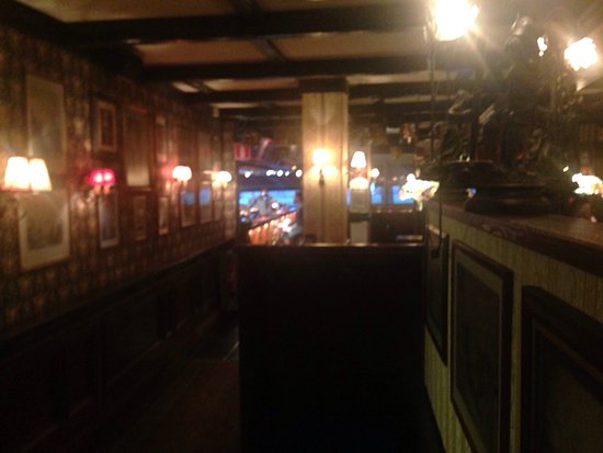 The Bishops Arms: photo2.jpg