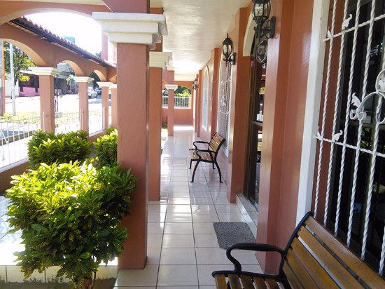 Rivas, Nicaragua: Main Entrance Hall from where you can see the San Jorge beach.