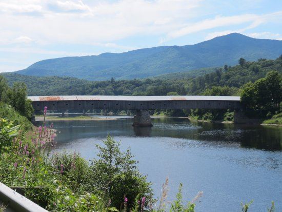 Crossing the Connecticut River at Cornish NH and Windsor VT