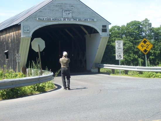 Cornish-Windsor Covered Bridge: New Hampshire entrance to the Cornish-Windsor Bridge