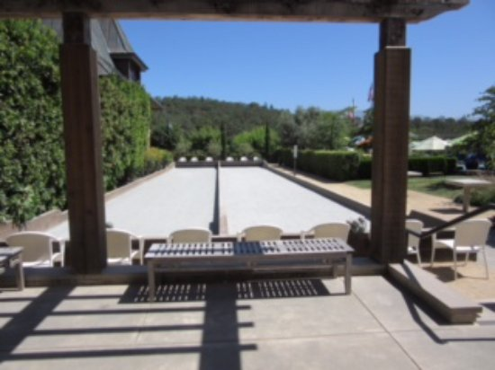 Francis Ford Coppola Winery : Bocce Ball Court