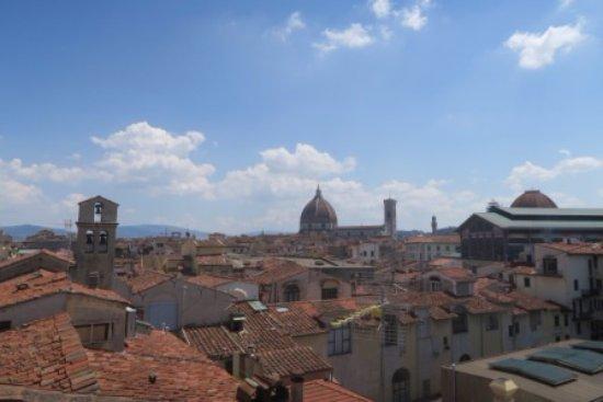 Locanda dei Guelfi B&B: Firenze dal terrazzino sul tetto