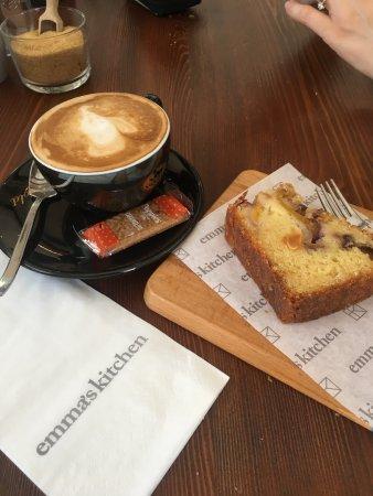 San Gwann, Malta: Delightful Dessert and Coffee w a punch :)